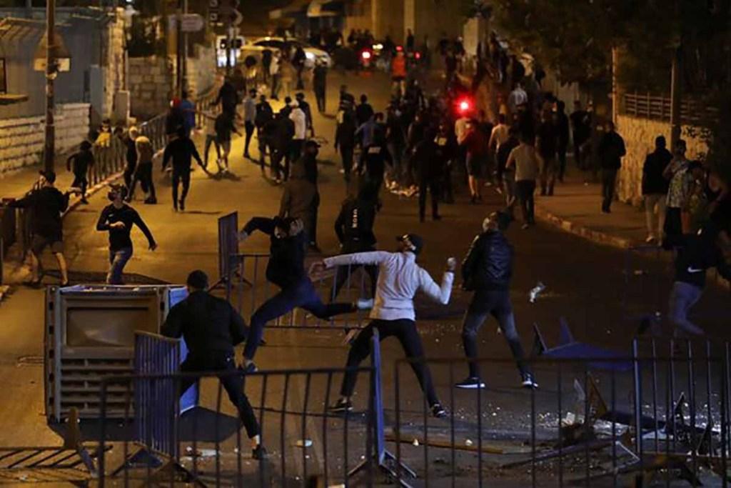 Jérusalem: Netanyahu et Biden appellent au calme après des heurts répétés