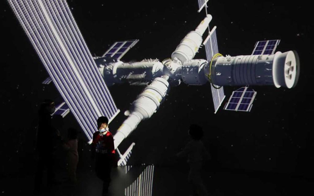 La Chine lance le premier module de sa station spatiale Tiangong