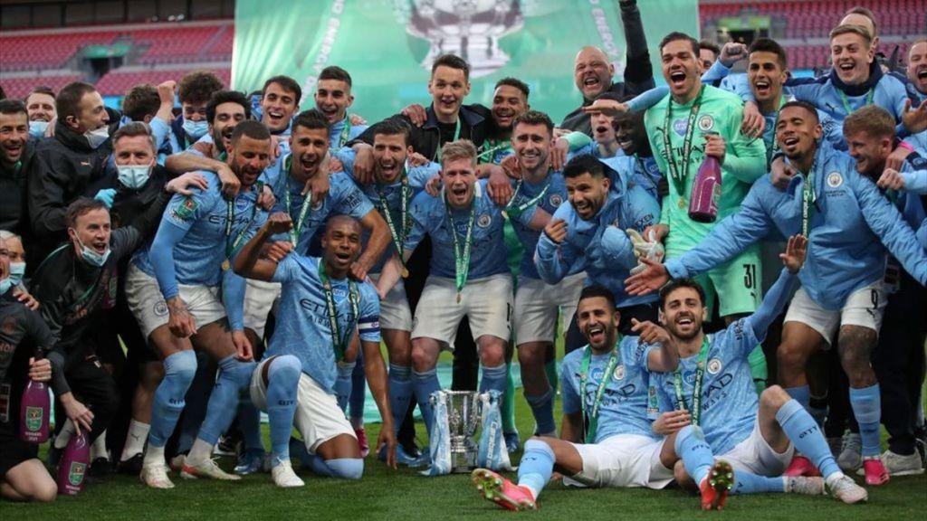 Manchester City remporte la Coupe de la Ligue avant son match contre le PSG