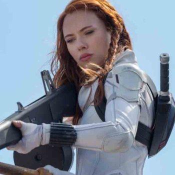 """Scarlett Johansson fait un procès à Disney après la sortie de """"Black Widow"""""""