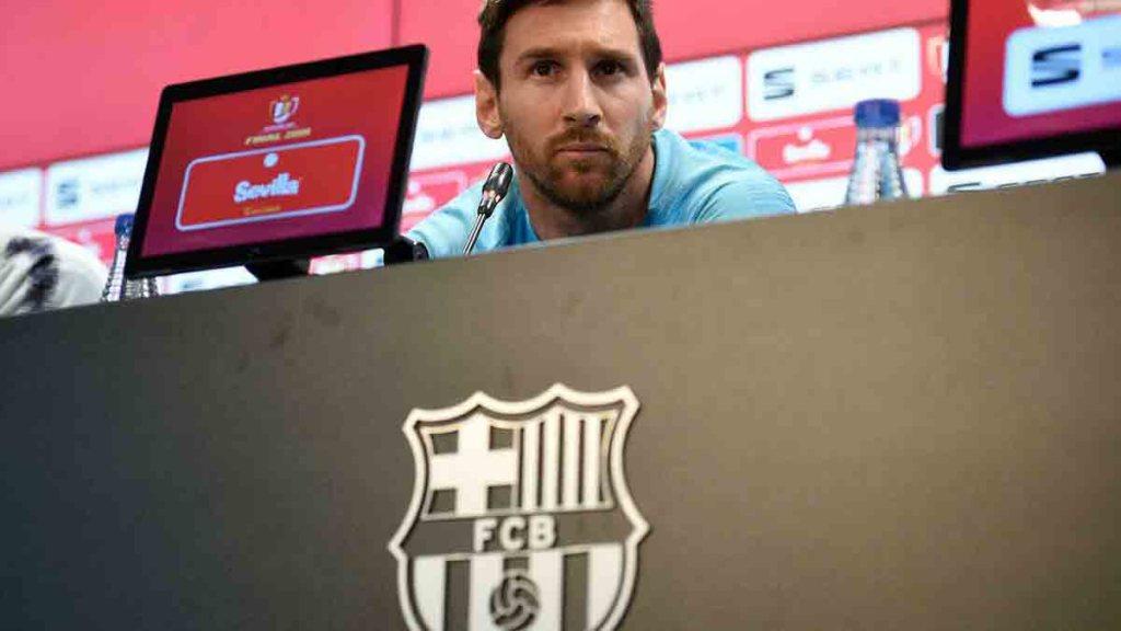 Football: Lionel Messi sort du silence