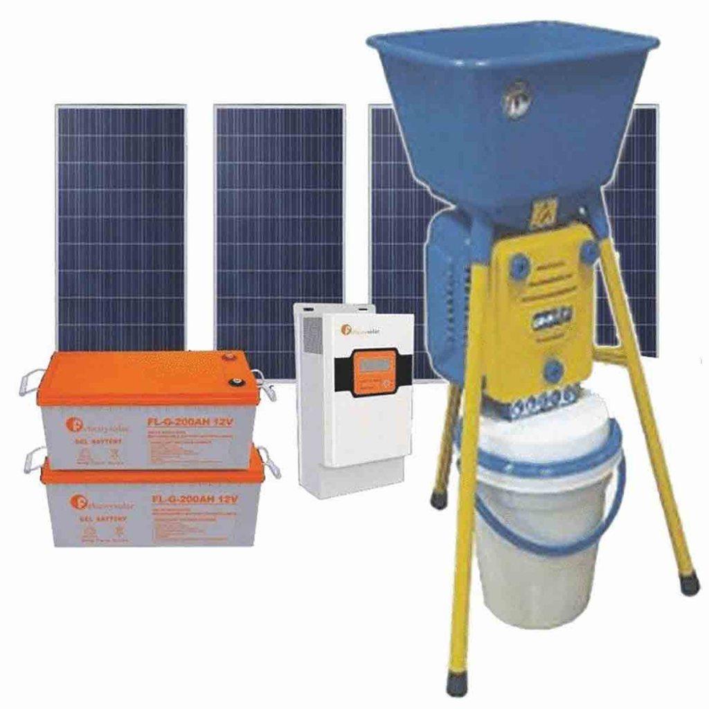 Guidimakha : Distribution de 20 moulins et 20 réfrigérateurs solaires