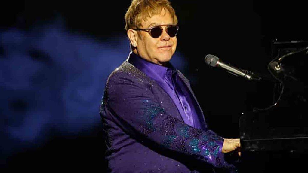 Musique : Elton John va sortir un nouvel album, conçu pendant le confinement