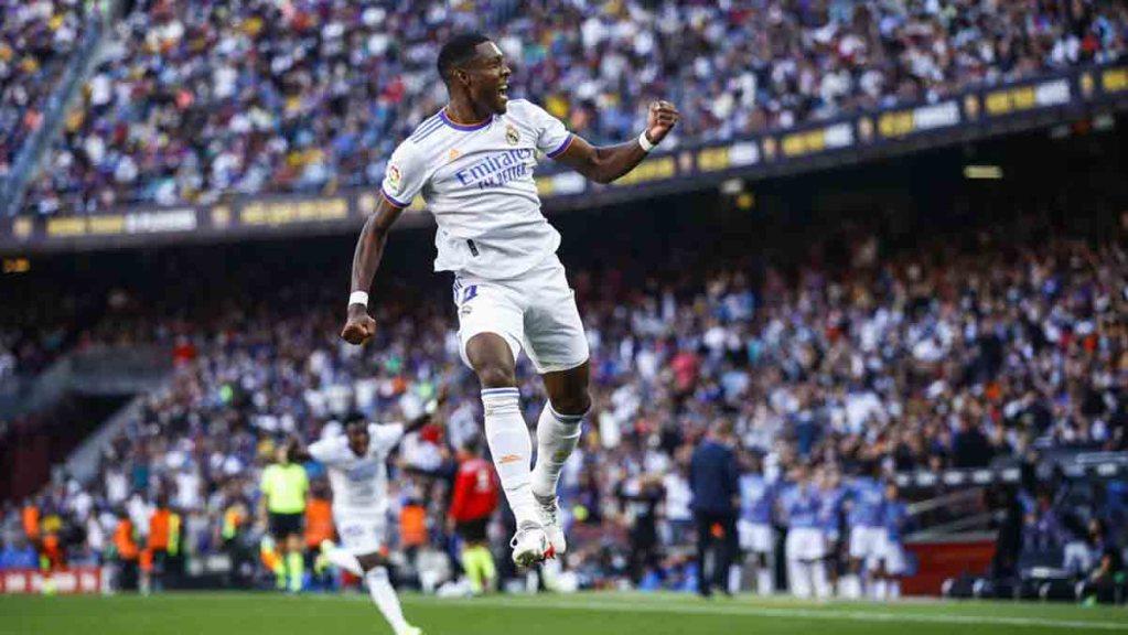 Liga : le Real Madrid remporte le clasico face au FC Barcelone