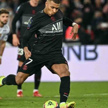 Ligue 1: Paris SG s'impose contre Angers