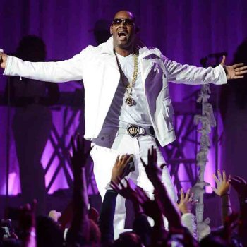 R. Kelly : La condamnation du chanteur provoque une hausse de 517 % de ses ventes d'albums