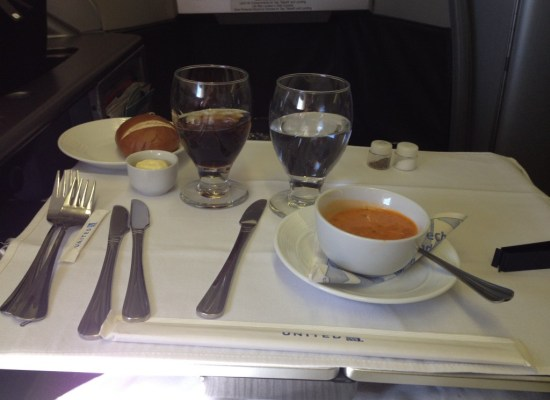 United Airlines Global First Class 747 Onboard Meal Service Tomato Soup