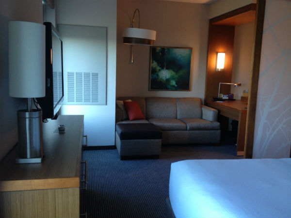 Hyatt Place LAX Corner King Room