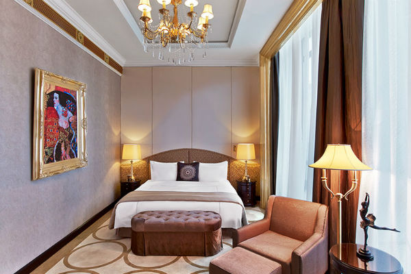 Best Category 5 SPG Hotels: St. Regis Moscow Nikolskaya