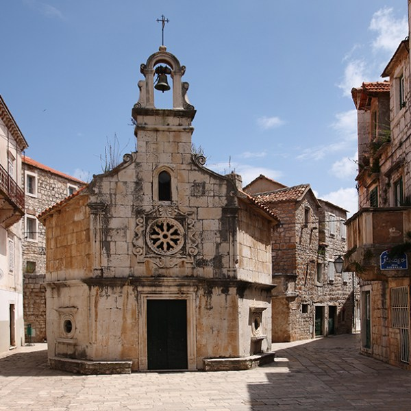 church-hvar-pointers-travel