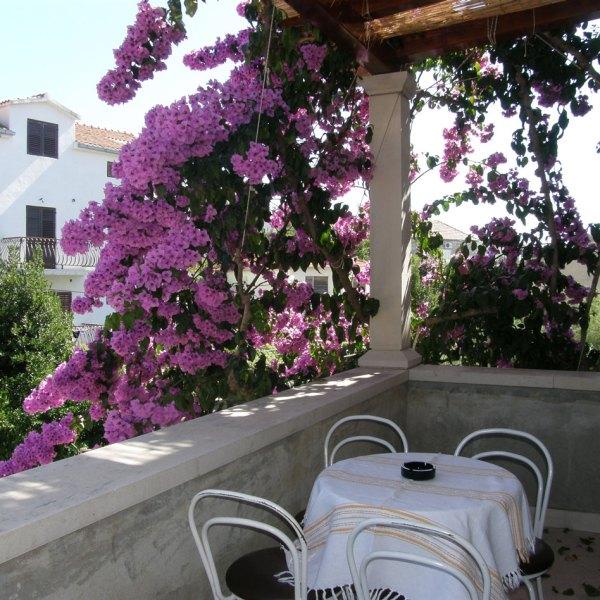 villa-renipol-apt1-pointers-travel