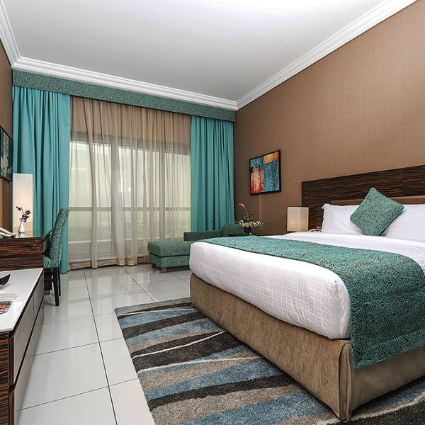 atana-hotel-duba-deluxe-king-pointers-travel