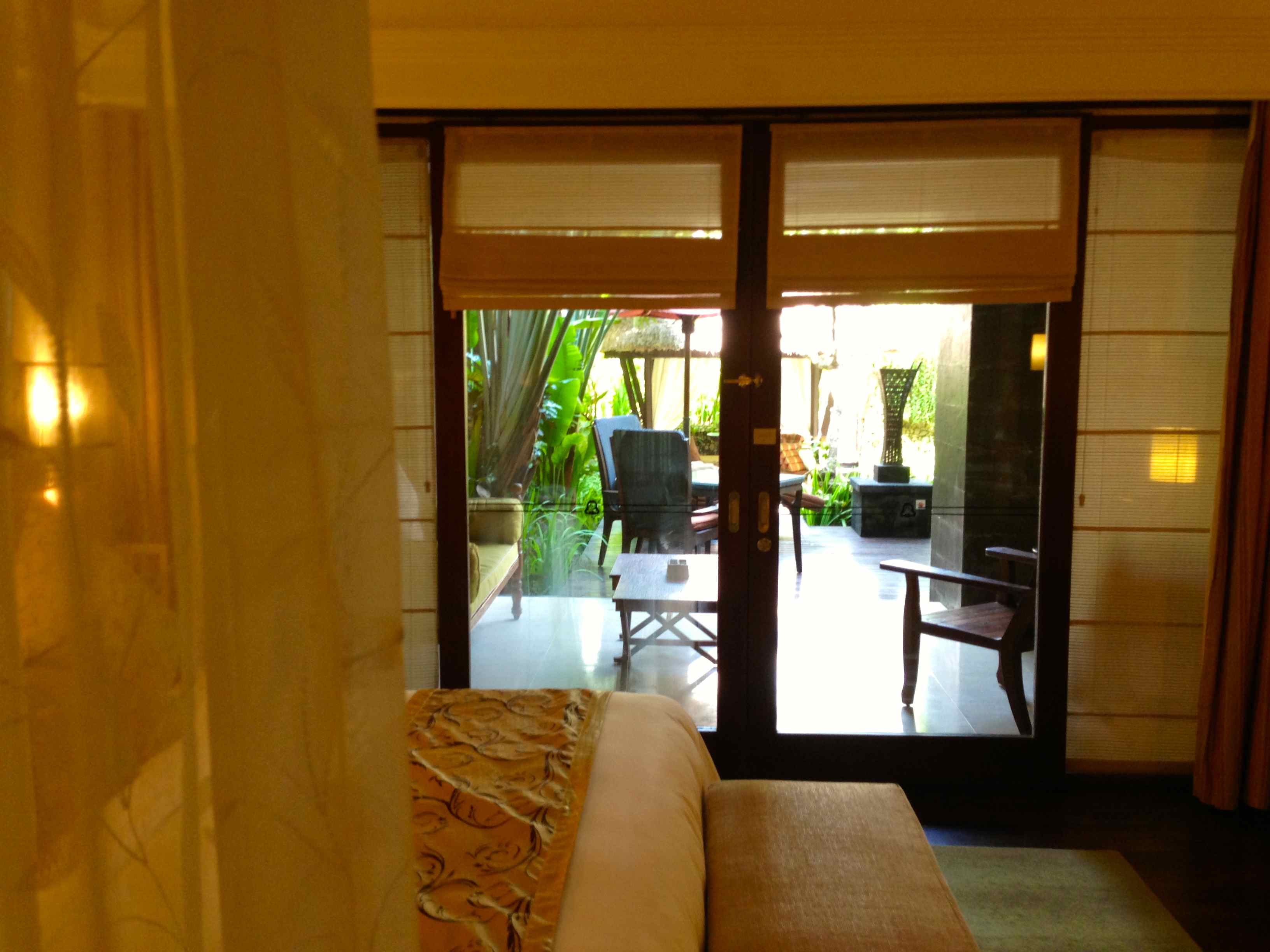 Sneak peek my bali st regis pool suite point me to the plane walk in wardrobe really comfy king size bed stand alone tub rain shower and two tvs one built into the wall in the bathroom in front of the tub rubansaba