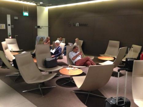 Lufthansa Munich Senator Lounge24