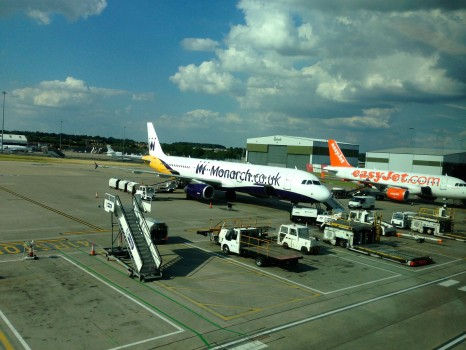 Monarch Airlines05