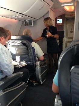 AA 737-800 Sky Interior24