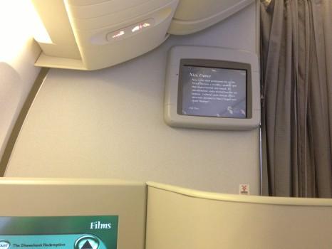 Alitalia B777-200ER Magnifica Business Class28