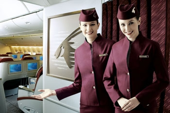Qatar_Airways_Cabin_Crew_-
