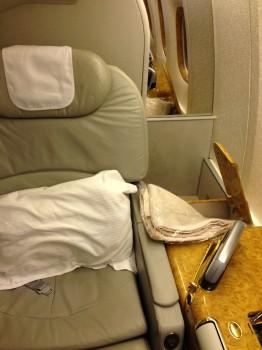 Emirates First Class DXB - Malé (MLE) B777-200LR04