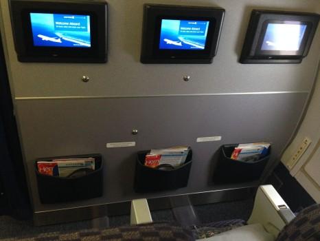 United JFK-SFO Economy Plus08