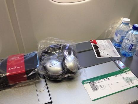 Delta Trip Report 767-300 CDG-EWR Paris07