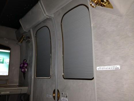 Emirates First Class DXB-MXP Dubai Milan 77750