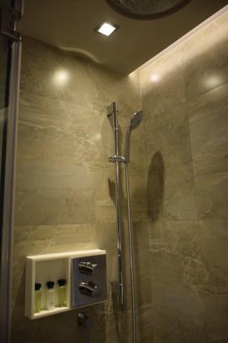 Grand Hyatt Taipei - Grand Suite Twin Shower