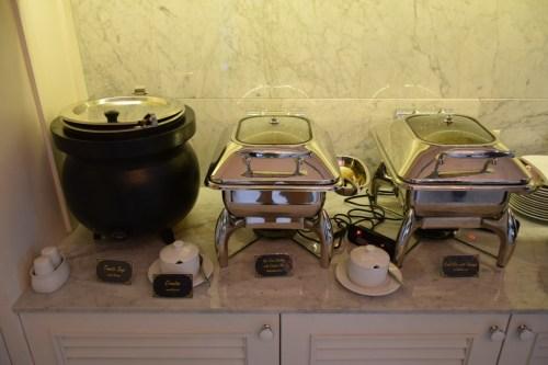 Coral Executive Lounge Bangkok-Don Mueang Hot Food Option