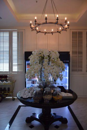 Coral Executive Lounge Bangkok-Don Mueang Center Table
