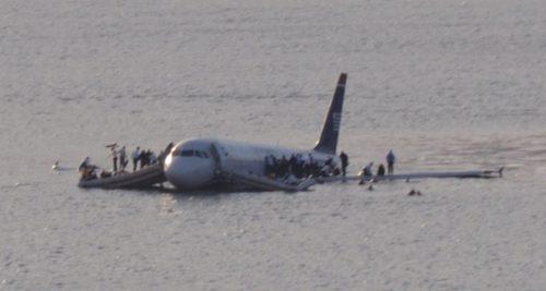 Passengers Evacuate US 1549