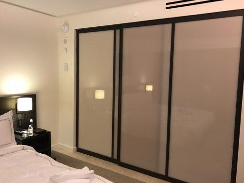 Conrad New York Deluxe Suite - Sliding Glass Door