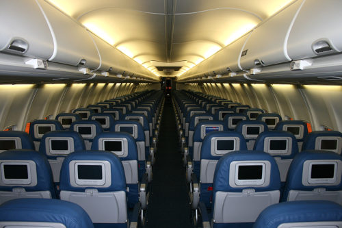 Delta Air Lines 737-800. Photo by Cweyer, used with permission. airfare
