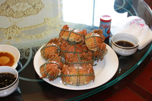 "Cooked Chinese mitten crabs, the ""hairy crabs"" in the incident. Photo by Dennis Wong, used with permission."