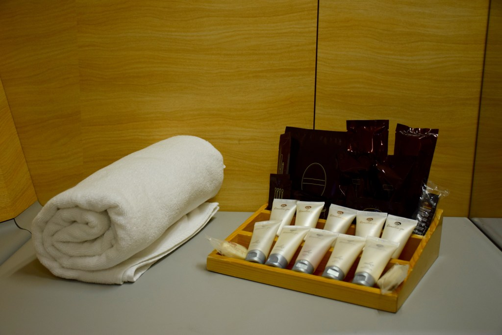 Emirates A380 First Class Shower Spa - Toiletries