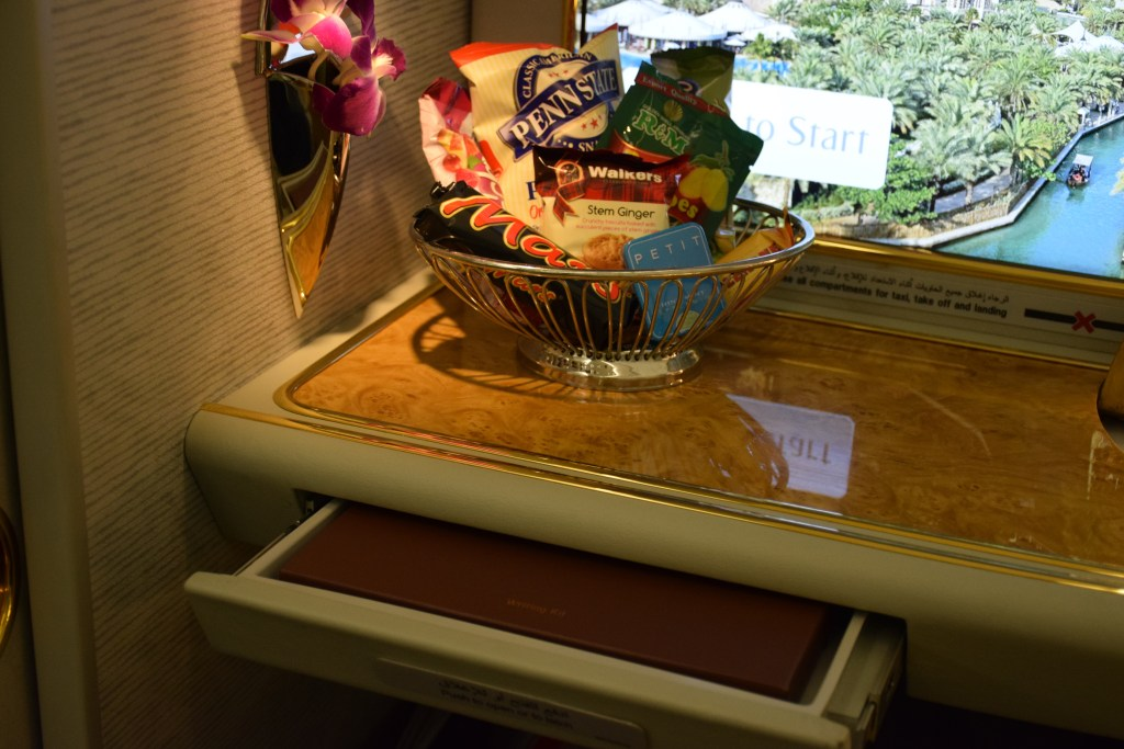 Emirates A380 First Class - Writing Kit and Snack Basket