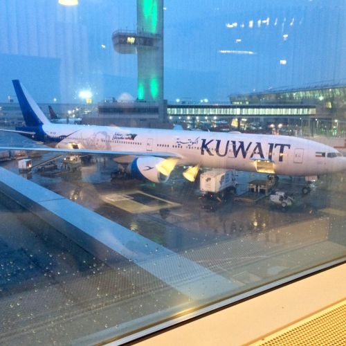 Kuwait Airlines B777, as seen from VS Clubhouse JFK