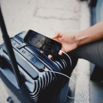 Many US airlines are now banning smart bags or suitcases that include a non-removable battery. Source: Bluesmart