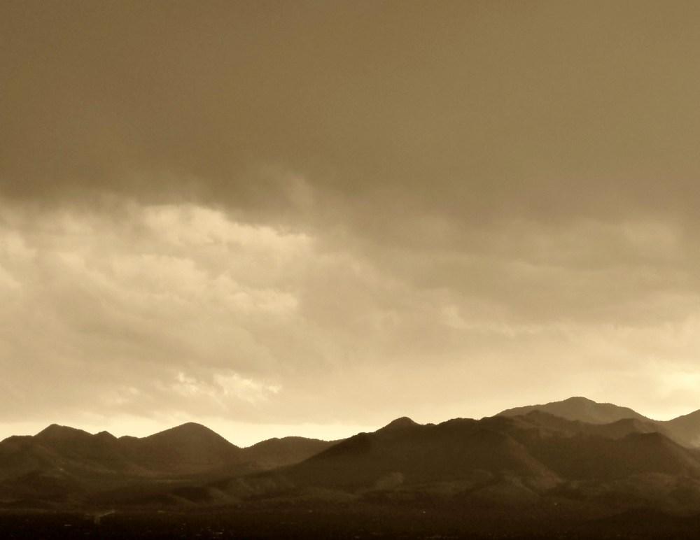 Cloudy skies... (6/6)