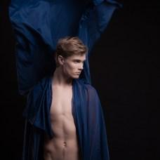 Photography: Silver Gutmann Style: Jane Kukk MUAH: Annika Oper Model: Siim (EMA Model Management)