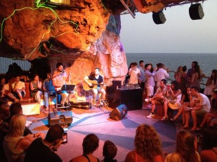 Concert à la cova den xoroi
