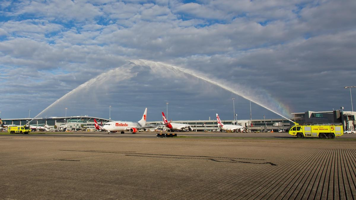 malindo airline services entering the airline Lion group's malindo air launched services to brisbane in january with a daily   jetstar then also entered the market in april 2014, leading to overcapacity and.