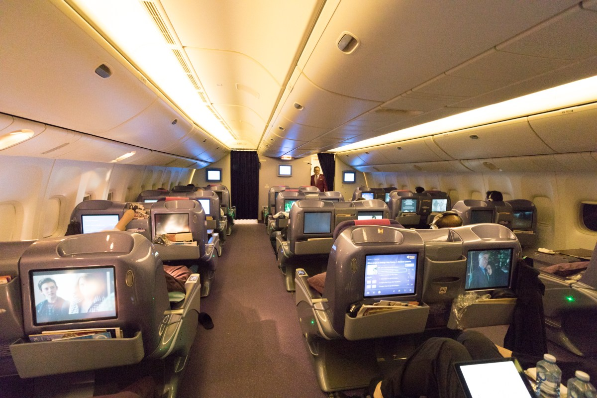 Review - Thai Airways 777-200ER Business Class Melbourne - Bangkok