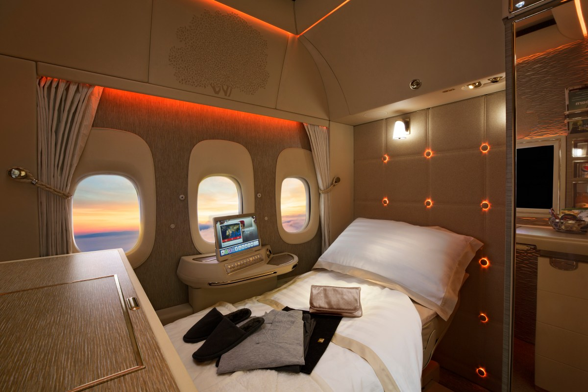 Emirates Unveil Their New 777 First Class, Business and Economy