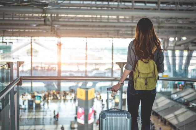 tips tetap sehat dan nyaman selama penerbangan