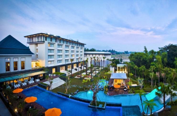 Harris Hotel Malang tauzia