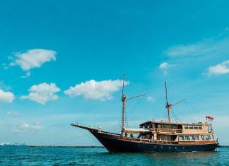 Kapal Agustine Phinisi