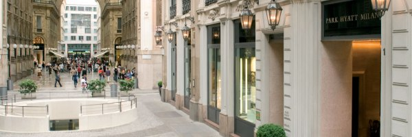 Park-Hyatt-Milan-Main-Entrance-Galleria