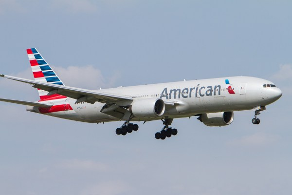 American_Airlines_Boeing_777-200
