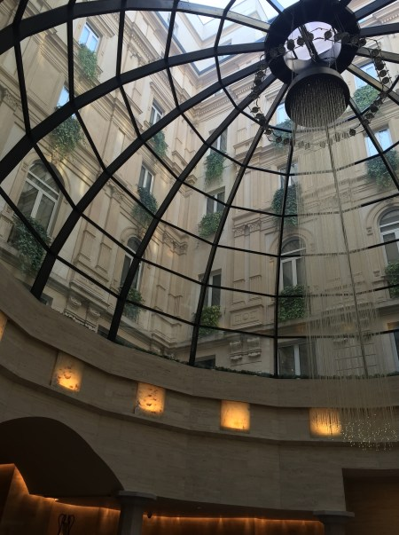park_hyatt_milan-lobby_view_up