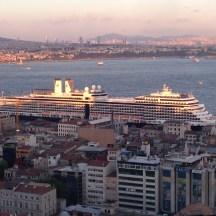 Nieuw Amsterdam docked Istanbul
